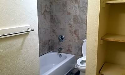 Bathroom, 1365 Kalanianaole St, 1