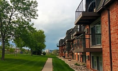Country Bluff Apartments, 2