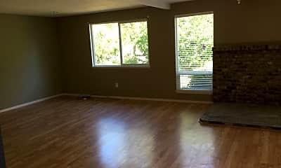 Living Room, 909 Sitka Ave, 1