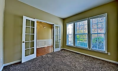 Living Room, 6285 Waveland Drive, 1