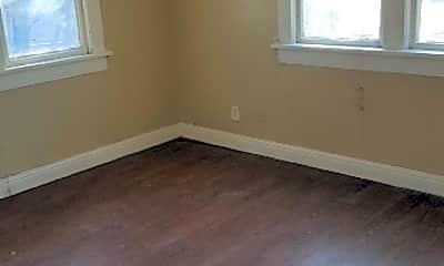 Bedroom, 1301 S Buchanan St, 1