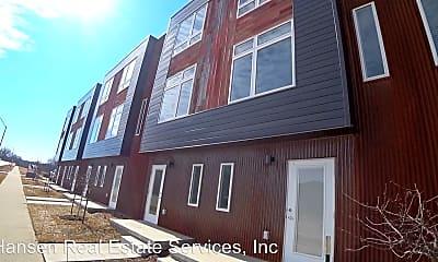 Building, 708 SE 6th St, 1