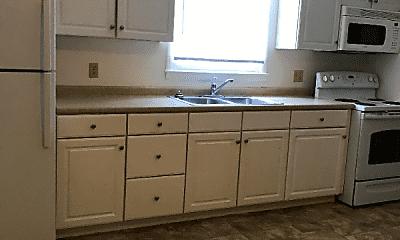 Kitchen, 223 E Findlay St, 1