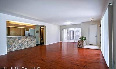 Living Room, 3703 Roseland St, 0