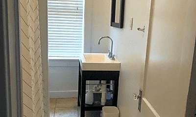 Bathroom, 3 W 36th St, 2