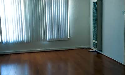 Living Room, 516 S Glendale Ave, 0