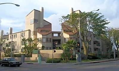 Paramount Terrace Apartments, 0