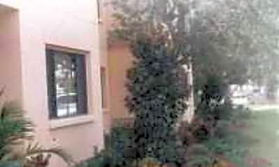 Villa San Carlos, 2