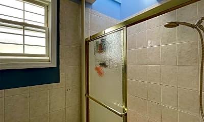 Bathroom, 67-57 75th St 3, 2
