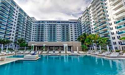 Pool, 2301 Collins Ave 1212, 0