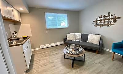 Living Room, 1300 E Seneca Ave, 0