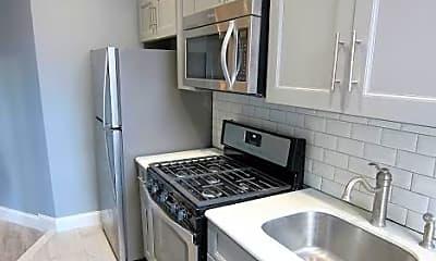 Kitchen, 158 E 116th St, 2