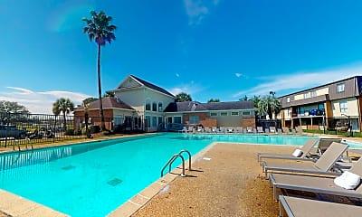 Pool, Lakewood Pointe, 1