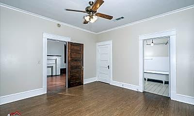 Bedroom, 454 Boulevard St, 2