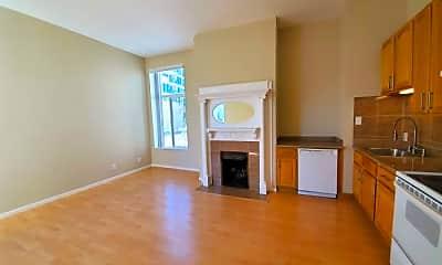 Living Room, 2249 Van Ness Ave, 0