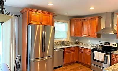 Kitchen, 17 Ableman Ave, 1