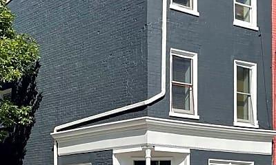 Building, 2 E 7th St, 0