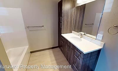 Bathroom, 2151 Cottonwood Rd, 2