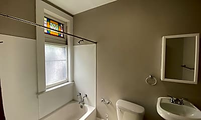 Bathroom, 430 Delaware Ave, 2