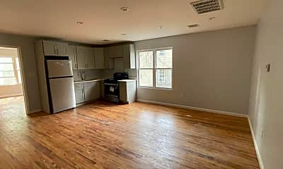 Living Room, 738 Lyons Ave, 2