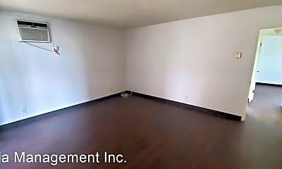 Bedroom, 9574 Live Oak Avenue, 2