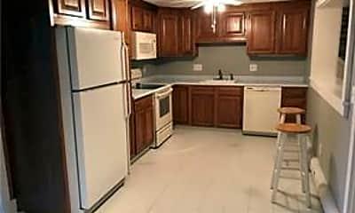 Kitchen, 76 Parmalee Hill Rd, 1