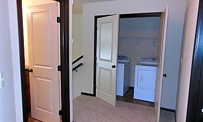 Bathroom, 4924 39th Ave S, 2