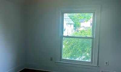 Living Room, 128 S Hosmer St, 2