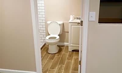 Bathroom, 2649 Wentworth Rd, 1