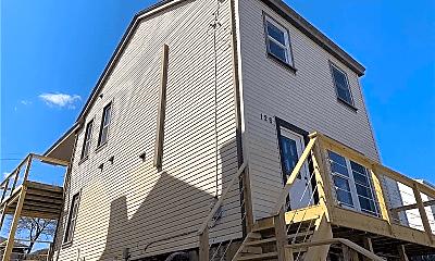 Building, 128 Weber Way, 0