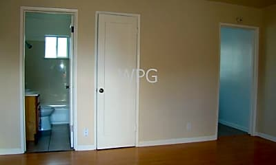 Bedroom, 440 N Fair Oaks Ave, 1