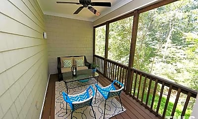 Patio / Deck, 212 Columbia Pl W, 2