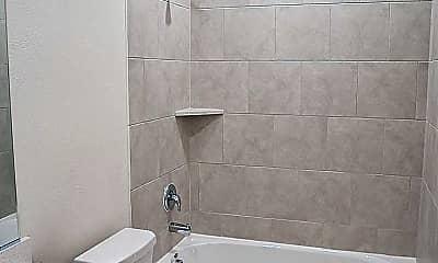Bathroom, 1610 Fields View Dr, 2