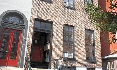 Building, 918 St Paul St, 0