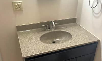 Bathroom, 7201 Maple Valley Rd, 2