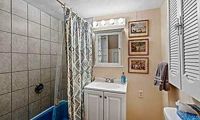 Bathroom, 21 Granville Ave, 1
