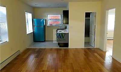 Living Room, 2265 Bassford Ave, 1