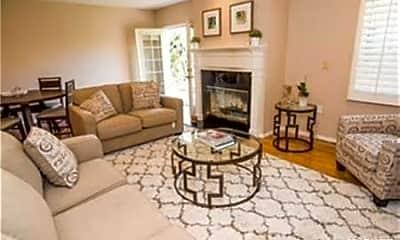 Living Room, 5840 White Oak Ave, 0