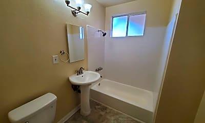 Bathroom, 4258 W El Segundo Blvd, 2