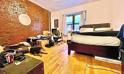 Living Room, 260 W 135th St D, 0