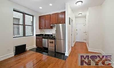 Kitchen, 78 Manhattan Ave, 1