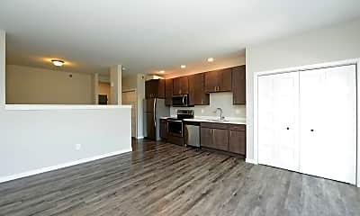 Living Room, 914 15th St N, 1