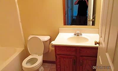 Bathroom, Austin Lane Apartments, 2