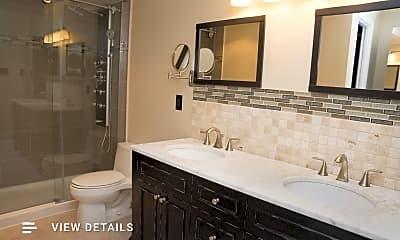 Bathroom, 3800 Powell Ln 404, 1