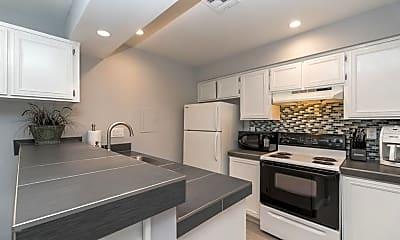 Kitchen, 72714 Willow St, 2