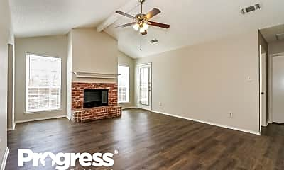 Living Room, 7320 Laurelhill CT S, 1