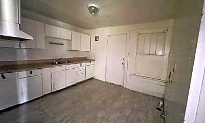 Living Room, 118 E 22nd St, 2