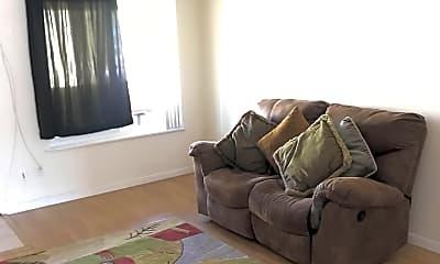 Living Room, 4424 Illinois St, 1