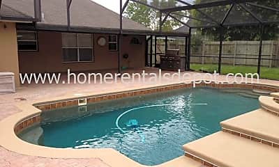 Pool, 4821 Jeanette Ct, 2