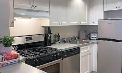 Kitchen, 562 Observer Hwy 4A, 1